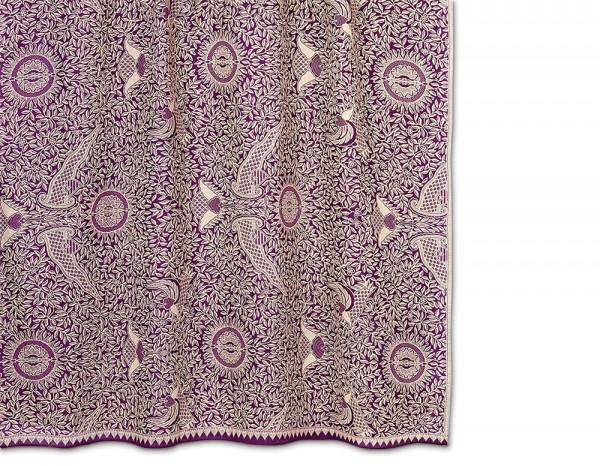Batik sarong, plum