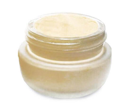 SBC creme base foundation, light
